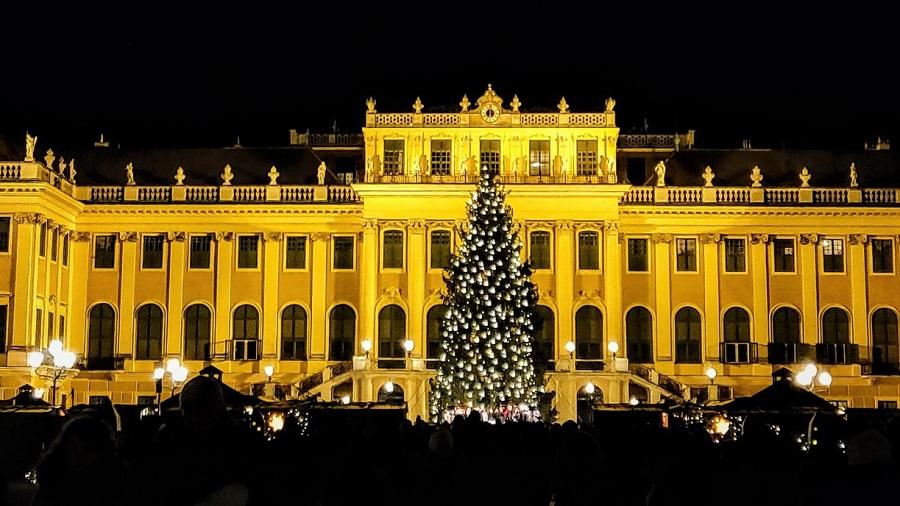 Schonbrunn Christmas Market Vienna
